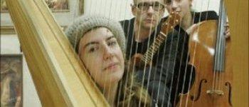 Harpiste Eve Mc telenn