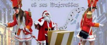 Le père Noël et ses majorettes